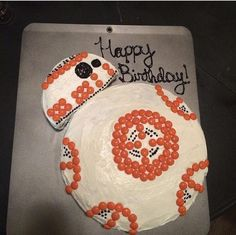 Easy Star Wars BB8 Birthday Cake using Reese's Pieces and an Oreo - Star Wars Co...  Easy Star Wars BB8 Birthday Cake using Reese's Pieces and an Oreo – Star Wars Cookie – Ideas  #bb8 #Birthday #Cake #easy #Oreo #Pieces #Reeses #Star #Wars