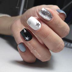 Conheça o melhor curso online de manicure! Aycrlic Nails, Star Nails, Nail Manicure, Cute Nails, Pretty Nails, Hair And Nails, Star Nail Designs, Acrylic Nail Designs, Art Designs