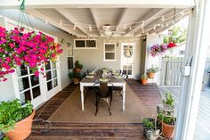 Painted Frames/ Chalkboard Finishes Workshop & Home Tour | Knot Too Shabby Furnishings