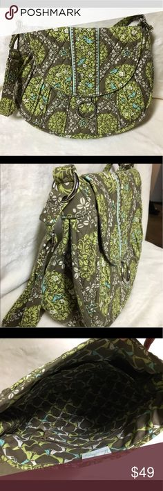 """Vera Bradley """"Sittin' In a Tree"""" Crossbody Satchel Vera Bradley crossbody Satchel in """"sittin' in a tree pattern"""". Beautiful color pattern with real, like green and taupe! Extremely gently used. Almost brand new. Used only once for a Disney trip. Adjustable strap with lots of space and multiple interior pockets. Great size for travel and completely washable. Would also be great as a """"mom"""" bag to throw the kids things in for a day at the ball field! Thanks for looking! Vera Bradley Bags…"""