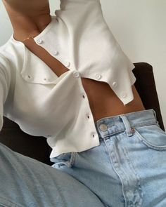 beautiful summer outfits- schöne Sommeroutfits Find the most beautiful outfits for your summer look. Mode Outfits, Trendy Outfits, Fashion Outfits, Womens Fashion, Fashion Clothes, Fashion Killa, Look Fashion, 70s Fashion, Paris Fashion