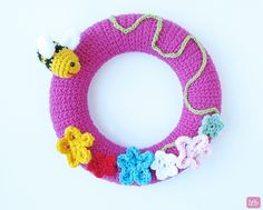 Hi, I'm Tania from Little Things Blogged. Admittedly the weather outside does not remind us of spring. Indoors though spring has definitely made its appearance, since we are all enjoying spring related crochet crafts. So what better way to welcome this season with a simple yet colorful spring crochet wreath, embellished with flowers and an …