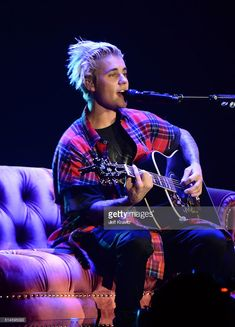 Singer/songwriter Justin Bieber performs onstage at KeyArena on March 9, 2016 in Seattle, Washington.
