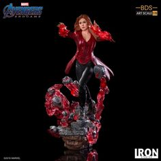 Iron Studios have announced a new Avengers: Endgame Battle Diorama Series Scarlet Witch Art Scale Limited Edition Statue. Scarlet Witch Comic, Scarlet Witch Costume, Loki, Witch Wallpaper, Witch Powers, Witch Drawing, Wolverine Art, Chaos Magic, Star Wars Merchandise
