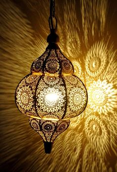Christmas Gifted Lamp Antique Look Modern Turkish Hanging Oriental Arabian Golden Moroccan Lamp Ceiling Light Home Decor Lantern Gift Antique Light Fixtures, Hanging Light Fixtures, Antique Lamps, Antique Lighting, Pendant Light Fixtures, Vintage Lamps, Antique Gold, Moroccan Ceiling Light, Moroccan Lamp