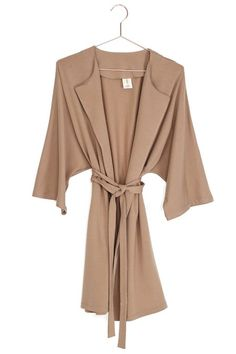 . Cuddling On The Couch, Warm Coat, Winter Accessories, Kimono Fashion, Coats, Sleeves, How To Wear, Collection, Dresses
