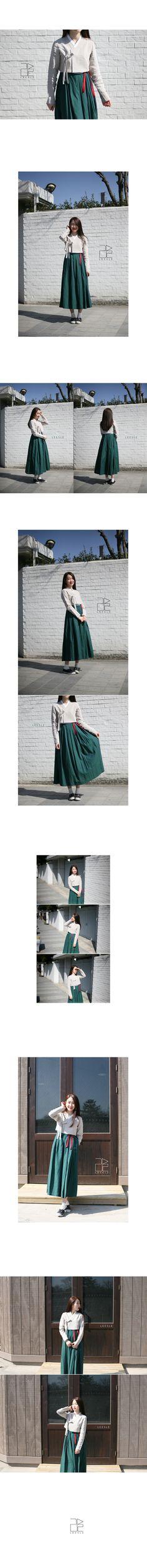 casual hanbok, life style Korean clothes from LEESLE of sonjjang Korean Traditional Dress, Traditional Fashion, Traditional Dresses, Korean Clothes, Korean Outfits, Modern Hanbok, Korean Dress, Japanese Kimono, Asian Fashion