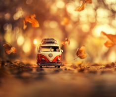 Magical miniature toy car still life photography by fine art photographer ashraful arefin Movement Photography, Tilt Shift Photography, Cute Photography, Creative Photography, Tile Wallpaper, Nature Wallpaper, Cute Cartoon Pictures, Miniature Photography, Solid Color Backgrounds