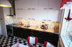 50's kitchen.