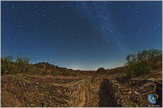 Draconid Meteors Over Spain, APOD octuber 19th 2011 - Juan Carlos Casado (TWAN)