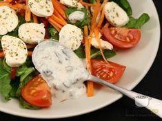 Salata de cruditati cu mozzarella Mozzarella, Thai Red Curry, Avocado, Salads, Eggs, Vegetarian, Nutrition, Healthy Recipes, Chicken