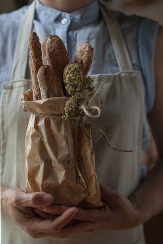 ... breadsticks | bastoni integrali all'olio, con olive kalamata e origano ...