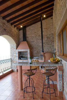 Navegue por fotos de Cozinhas campestres: Serra Negra. Veja fotos com as melhores ideias e inspirações para criar uma casa perfeita.
