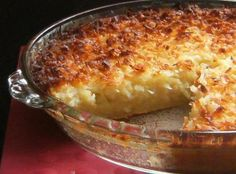 Combine all ingredients and pour into 9 inch buttered pie pan. Bake at 400 degrees for minutes until custard sets. Like magic it layers into crust, custard, coconut topping. Coconut Recipes, Pie Recipes, Cooking Recipes, Bisquick Recipes, Yummy Recipes, Dessert Recipes, Candy Recipes, Holiday Recipes, Impossible Coconut Pie