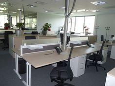 Bureau Nautile CLEN et armoires mtalliques rideaux PVC ICT