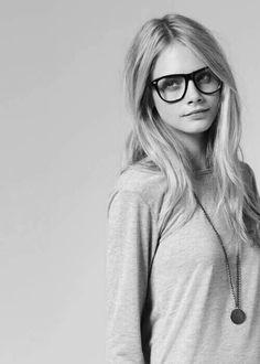 """Glasses..--Bellos ojos, mas bellos si ven bien. Controlate cada año. Lee en nuestro blogspot """"Descansar frente a la PC """" y otros---"""