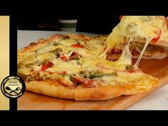 Η σπιτική Ζύμη για Πίτσα, που θα καθιερώσεις! - ΧΡΥΣΕΣ ΣΥΝΤΑΓΕΣ - YouTube Pizza Dough, Cheesesteak, Vegetable Pizza, Easy Meals, Food And Drink, Sweets, Homemade, Cooking, Ethnic Recipes