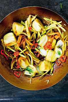 Zero waste recipes: Use any vegetable odds and ends in this simple dish. Recipe Mix, Stir Fry Recipes, Delicious Dinner Recipes, Zero Waste, Japchae, Pasta Salad, Fries, Dishes, Vegetables