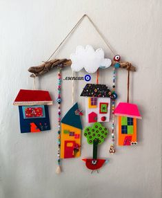 Handmade Crafts, Diy And Crafts, Arts And Crafts, Cardboard Crafts Kids, Paper Crafts, Clay Art Projects, Mothers Day Crafts For Kids, Felt Decorations, Creation Couture