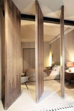 Jessica Schuster Interior Design. Diseño de interiores, diseño de recámara, diseño de puertas #interiordesign #recamara #diseñodeinteriores #door