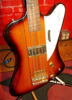 Vintage 1965 Gibson Thunderbird II Bass