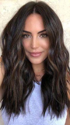 Hair Color Dark, Brown Hair Colors, Fall Hair Colors, Hair Colour, Darkest Brown Hair Color, Dark Mid Length Hair, Dark Brown Short Hair, Hair Color Ideas For Black Hair, Dark Fall Hair