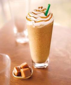 Step away from the Frappuccino! Some Costa and Starbucks iced drinks contain same amount of sugar as 31 BISCUITS Café Starbucks, Frappuccino Flavors, Starbucks Caramel Frappuccino, Best Starbucks Drinks, Bebidas Do Starbucks, Milk Shakes, Frappachino Recipe, Blended Coffee Drinks, Homemade Iced Coffee