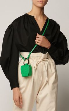 May 2020 - Moda Operandi Resort 2020 Danse Lente - Embossed Leather Box Bag Estilo Fashion, Diy Fashion, Fashion Bags, Ideias Fashion, Fashion Accessories, Fashion Outfits, Fashion Purses, Origami Fashion, Fashion Details