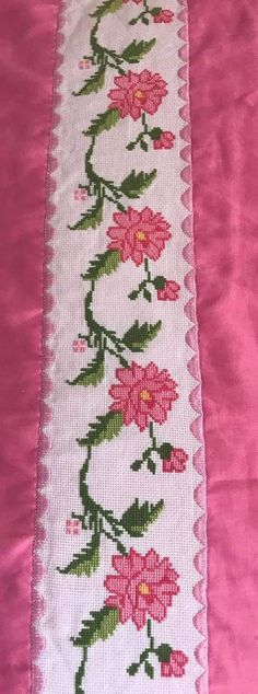 This Pin was discovered by Hul Cross Stitch Boarders, Cross Stitch Bookmarks, Cross Stitch Flowers, Cross Stitch Charts, Cross Stitch Designs, Cross Stitching, Cross Stitch Patterns, Pillow Embroidery, Embroidery Motifs