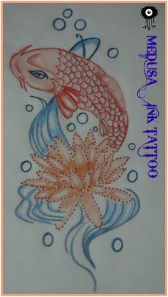 Pin by nayelly escobar on dise os de medusazul tattoo art for Pez koi pequeno