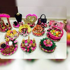 Wedding Plates, Wedding Boxes, Fruit Decorations, Wedding Decorations, Indian Wedding Gifts, Wedding Gift Wrapping, Diwali Craft, Wedding Mehndi Designs, Marriage Decoration