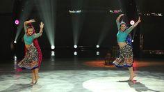 Jessica Richens and Valerie Rockey perform a Bollywood routine choreographed byNakul Dev Mahajan. See more: http://fox.tv/1C6Fy3v