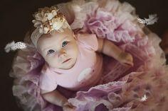 Vous souhaitez donner à votre fille un prénom commençant par un B ? Dans ce top, nous vous partageons 10 idées de prénoms en B pour votre fille.