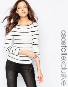Discover women's tall clothing with ASOS. From tall jeans, long length t-shirts, to long skirts and dresses. Find the fit that suits you today at ASOS. Formal Tops, Casual Tops, Clothing For Tall Women, Clothes For Women, Tall Jeans, Shoes Too Big, Big And Tall Outfits, Tall Guys, Cropped Pants