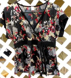 Black and Red Japanese Print A Line Blouse Top Size 1X Stretch Nylon PINK ELI #PINKELI #Blouse #Casual Sold