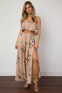 2017 New Vintage Off shoulder print long two piece set pant Women sexy loose chiffon playsuit Summer split beach boho suit setHot Wrapped Chest Stamp Split Wide Leg Split Two Piece Piece Skirt Set Boho Pink Floral Printed Strapless Sleeveless T Trendy Summer Outfits, Boho Outfits, Spring Outfits, Cute Outfits, Fashion Outfits, Summer Dresses, Party Outfits, 2 Piece Outfits, Two Piece Outfit