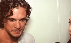 And, while he might be the world�s hottest brooder, he�s really hot when he smiles too. And there�s evidence�   Evidence That Kit Harington Smiles