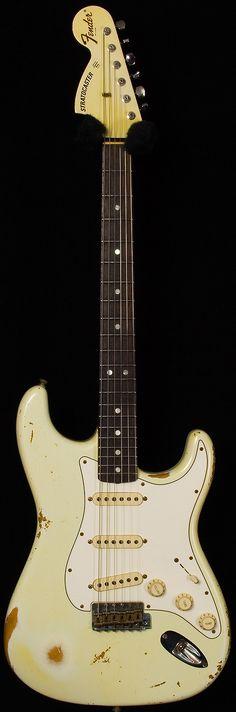 Fender Custom Shop '69 Stratocaster Heavy Relic. Olympic White.