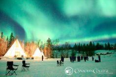 """Idaho, frontera USA (Washington) y Canadá.  Como consecuencia de las explosiones solares surge este increíble fenómeno llamado """"Aurora Boreal""""."""