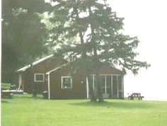 Saunder's Cottages, on the lakefront, next to South Bass Island State Park, Put-in-Bay