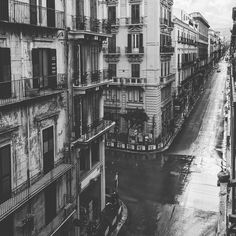 #r OurWildCityscape.. . #sicily #wild #urban #view #cityscape #street #blackandwhite #mirror #reflection #architecture #mood #winter #time #rain #rainyday #beautiful #place #rooftop #lovelyseason #lovers #picoftheday