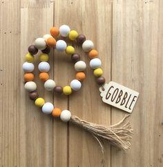 Thanksgiving Crafts, Fall Crafts, Holiday Crafts, Holiday Decor, Spool Crafts, Bead Crafts, Diy Crafts, Wood Bead Garland, Beaded Garland