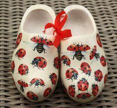 Little wooden shoes, so cute