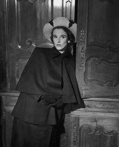 Babe Paley. Photo by John Rawlings, 1947.