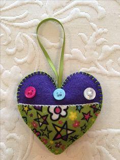Felt crafts, felt ornament, heart, Valentine, made by Janis