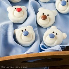 """Polar Bear Cookies are a fun and yummy craft the kids will have fun making with you for the holidays. Aren't they the cutest cookies you have ever seen? This is a no-bake treat that is so easy to make. Christmas Desserts Easy, Holiday Cookie Recipes, Christmas Goodies, Holiday Cookies, Christmas Treats, Christmas Baking, Holiday Treats, Christmas Recipes, Christmas Kitchen"