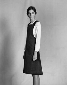 There are many items I like from the new collection but this apron dress with slanted oversized pockets is simply a love at first sight. Glam Dresses, Fashion Dresses, Pretty Outfits, Beautiful Outfits, Apron Dress, Work Wardrobe, Autumn Fashion, Women Wear, Summer Dresses