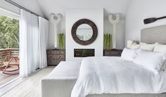Beach house de estilo Hamptons en Amagansett, New York Beach House Tour, Dream Beach Houses, Hamptons Beach Houses, Hampton Beach, Beach Cottage Style, Beach Cottage Decor, Modern Country, Contemporary Beach House, Dream Homes