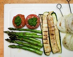.. top 10 veggies for grilling, and easy ways to prepare them (skewers through sliced onions, pesto on grilled tomatoes)