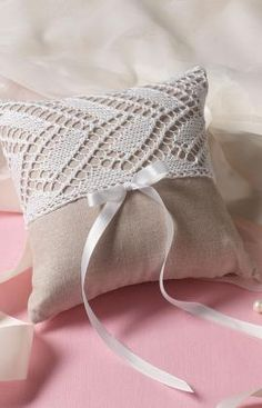Hearts Desire Ring Bearer Pillow Free Crochet Patterns Stuff to